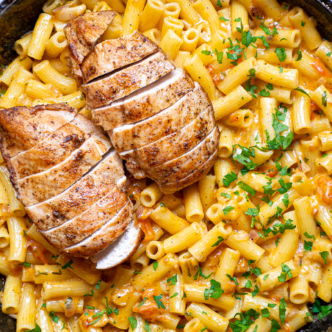 chicken mac and cheese recipe, Tuscan Chicken Mac and Cheese, Dinner recipe easy, dinner recipe, recipe, chicken recipe, #foods #cooking #dinner #recipes to make #eating #best recipes #delicious recipes #foodies #healthy recipes #meals recipes #dishes